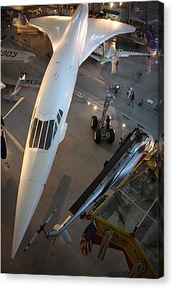 Udvar-hazy Center - Smithsonian National Air And Space Museum Annex - 1212105 Canvas Print by DC Photographer