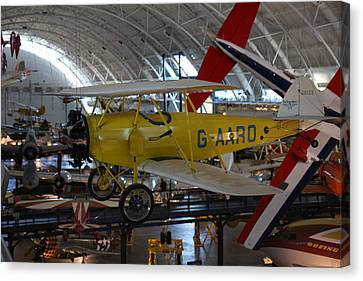 Udvar-hazy Center - Smithsonian National Air And Space Museum Annex - 1212107 Canvas Print