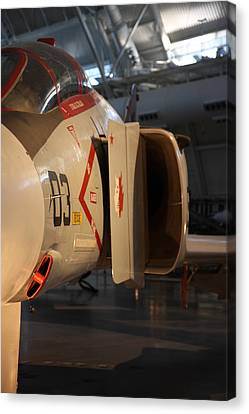 Udvar-hazy Center - Smithsonian National Air And Space Museum Annex - 121232 Canvas Print by DC Photographer