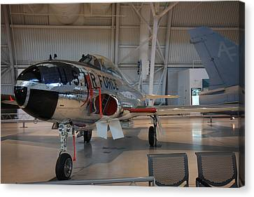 Udvar-hazy Center - Smithsonian National Air And Space Museum Annex - 121242 Canvas Print by DC Photographer