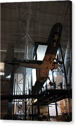 Udvar-hazy Center - Smithsonian National Air And Space Museum Annex - 121248 Canvas Print by DC Photographer