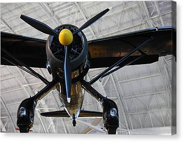 Udvar-hazy Center - Smithsonian National Air And Space Museum Annex - 121249 Canvas Print by DC Photographer