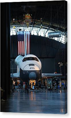 Udvar-hazy Center - Smithsonian National Air And Space Museum Annex - 121255 Canvas Print by DC Photographer