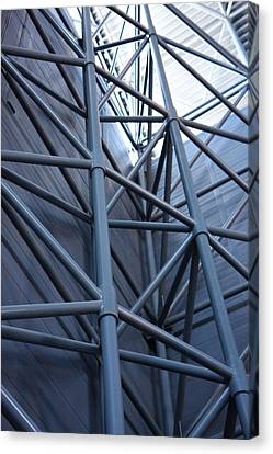 Udvar-hazy Center - Smithsonian National Air And Space Museum Annex - 121270 Canvas Print by DC Photographer