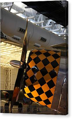 Udvar-hazy Center - Smithsonian National Air And Space Museum Annex - 121289 Canvas Print by DC Photographer
