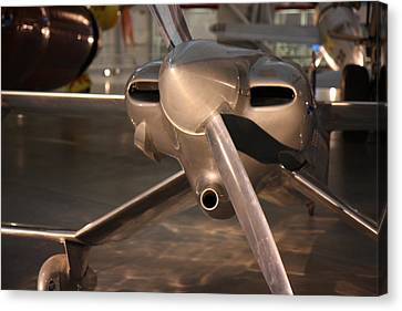 Udvar-hazy Center - Smithsonian National Air And Space Museum Annex - 121290 Canvas Print by DC Photographer