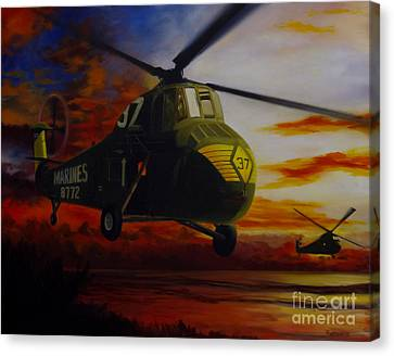 Canvas Print featuring the painting Uh-34d Over The Beach by Stephen Roberson