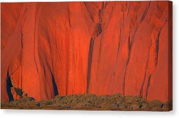 Canvas Print featuring the photograph Uluru 2 by Evelyn Tambour