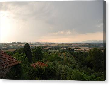 Umbrian View 2 Canvas Print by Dorothy Berry-Lound