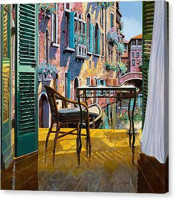 Un Soggiorno A Venezia Canvas Print by Guido Borelli