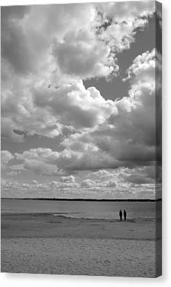 Under The Huge Sky Canvas Print by Arkady Kunysz