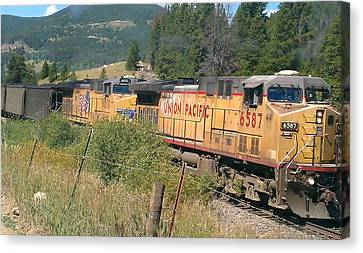 Canvas Print featuring the photograph Union Pacific 6587 by Fortunate Findings Shirley Dickerson