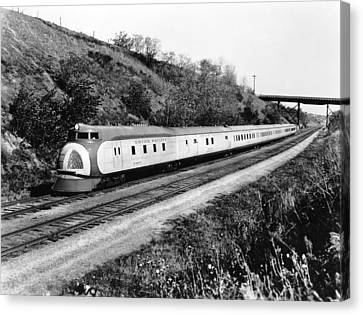 Union Pacific's Streamliner Canvas Print by Underwood Archives