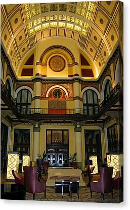 Union Station Lobby-large Size Canvas Print