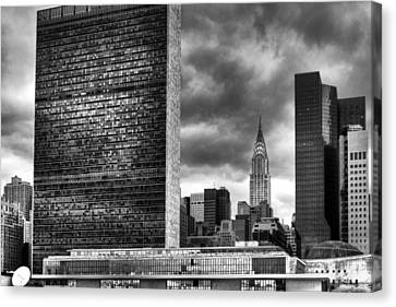United Nations And Chrysler Building Canvas Print by Dave Beckerman