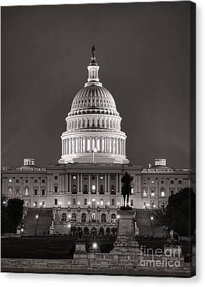 United States Capitol At Night Canvas Print by Olivier Le Queinec