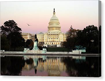 Canvas Print featuring the photograph United States Capitol Washington Dc by Yue Wang