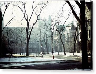 University Of Chicago 1976 Canvas Print