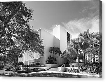 University Of Miami College Of Engineering Canvas Print by University Icons