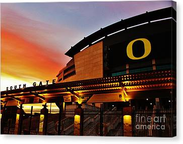Uo 1 Canvas Print by Michael Cross