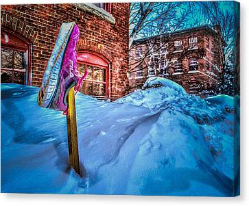 Up To A Fila Of Snow Canvas Print by Cke Photo
