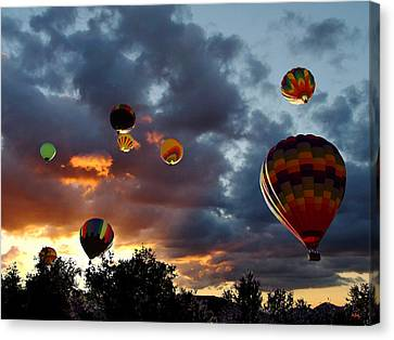 Up Up And Away - Hot Air Balloons Canvas Print by Glenn McCarthy