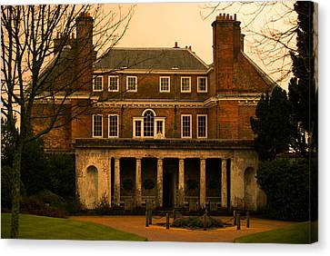 Uppark House Canvas Print by Tracey Beer