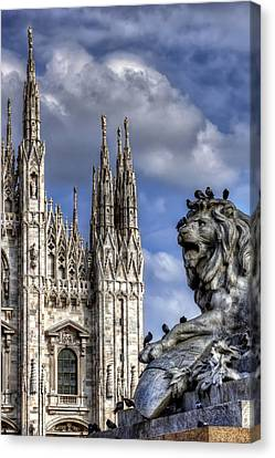 Urban Jungle Milan Canvas Print