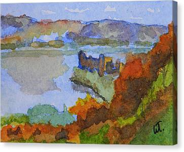 Urquhart Castle Canvas Print by Warren Thompson