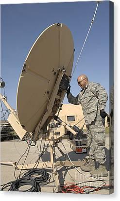 U.s. Air Force Staff Sergeant Assembles Canvas Print by Stocktrek Images