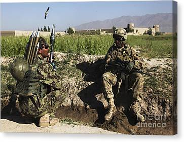 U.s. Army Soldier Takes A Break With An Canvas Print by Stocktrek Images