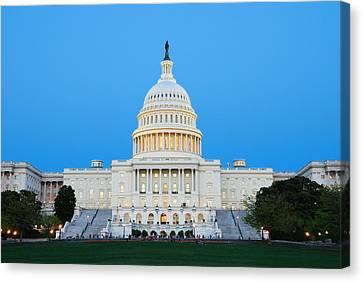 Us Capitol In Washington Dc. Canvas Print