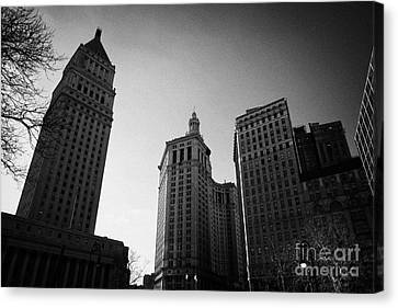 U.s. Courthouse Civic Center And Municipal Building Centre Street Foley Square New York City Canvas Print by Joe Fox