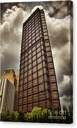Us Steel Building Pittsburgh Hdr Canvas Print by Amy Cicconi