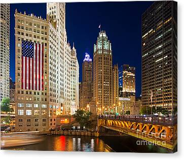 Usa - Chicago Canvas Print by Jeff Lewis