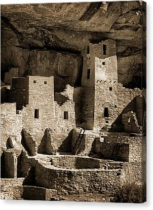 Usa, Colorado, Mesa Verde National Park Canvas Print by Ann Collins