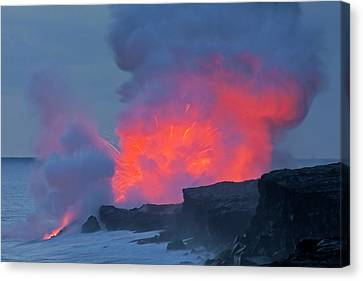 Usa, Hawaii, Hawaii Volcanoes National Canvas Print by Jaynes Gallery