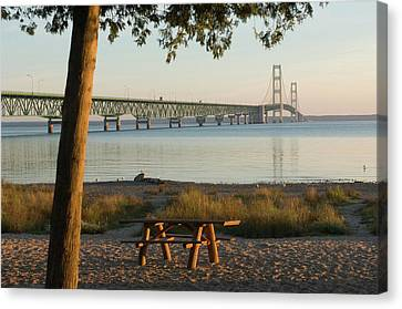 Usa, Michigan, Mackinaw City, Mackinac Canvas Print by Peter Hawkins