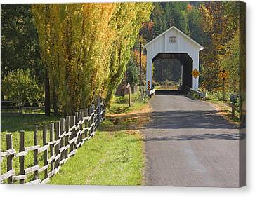Usa, Oregon, Lake Creek Canvas Print by Jaynes Gallery