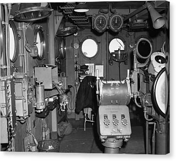 Uss Bunker Hill: Interior Canvas Print
