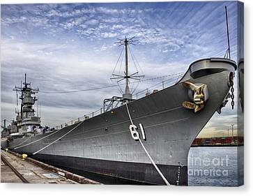 Uss Iowa Canvas Print
