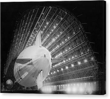 Air Travel Canvas Print - Uss Macon In Hangar One by Underwood Archives