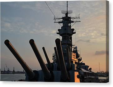 Uss Missouri Pearl Harbor Hi Canvas Print