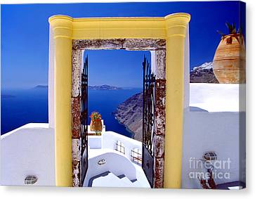 Vacations Gate Canvas Print