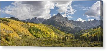 Valley Of Autumn Canvas Print