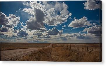Canvas Print featuring the photograph Days Of Our Lives In Kansas by Shirley Heier