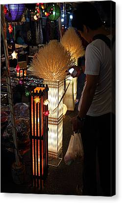 Vendors - Night Street Market - Chiang Mai Thailand - 011340 Canvas Print by DC Photographer