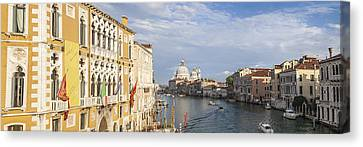 Venice Canal Grande And Santa Maria Della Salute Canvas Print by Melanie Viola