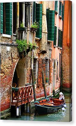 Venice Getaway Canvas Print by Mariola Bitner