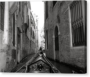 Venice Gondola Black And White Canvas Print by Teresa Tilley